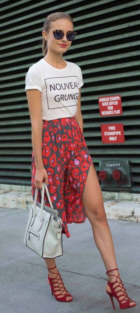 street-style-floral-print-maxi-Celine-bag-tee-@wachabuy-460x1024